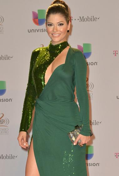 Ana Patricia González optó por un elegante vestido verde.