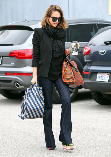 Pictures-Jessica-Alba-Wearing-Prada-Bag-Colorful-Flatform-Shoes
